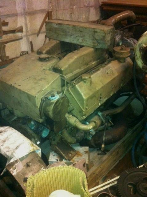 VT903 DIESEL MARINE ENGINES