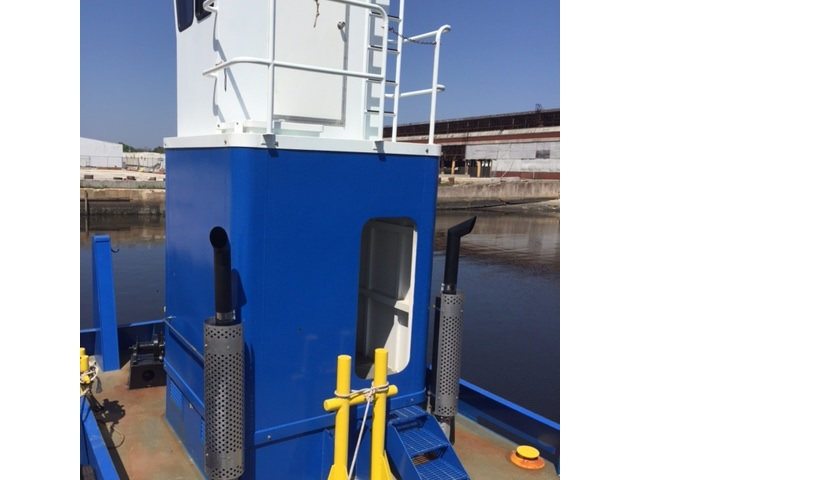 25' Truckable tug for sale