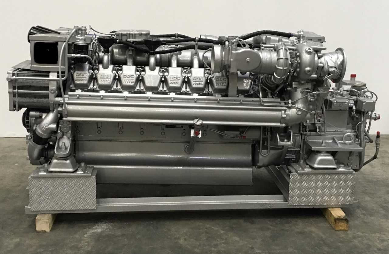 16v-2000M90 RBLT MARINE ENGINES