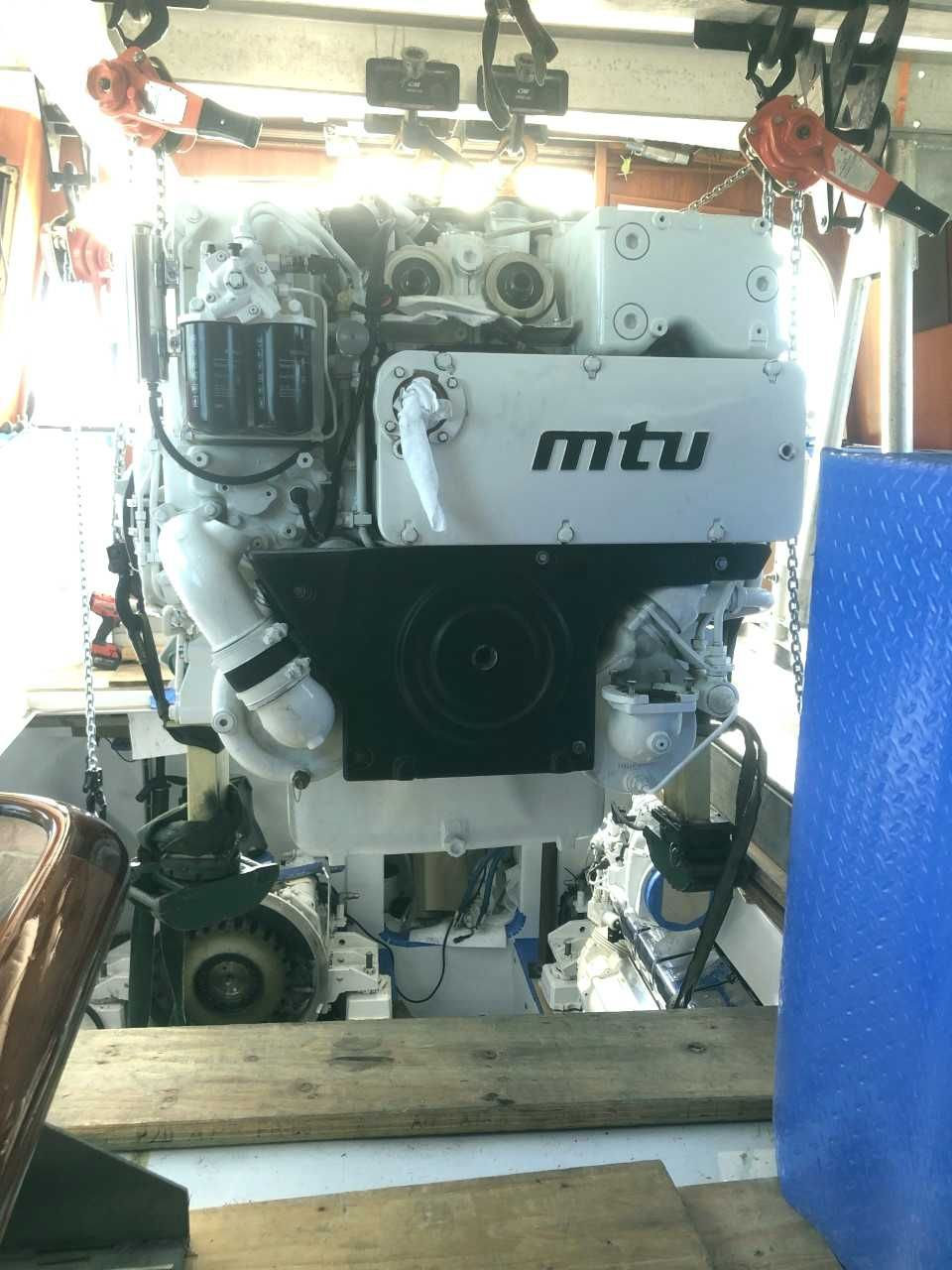 12V-2000 M94 CR Used Marine Engines