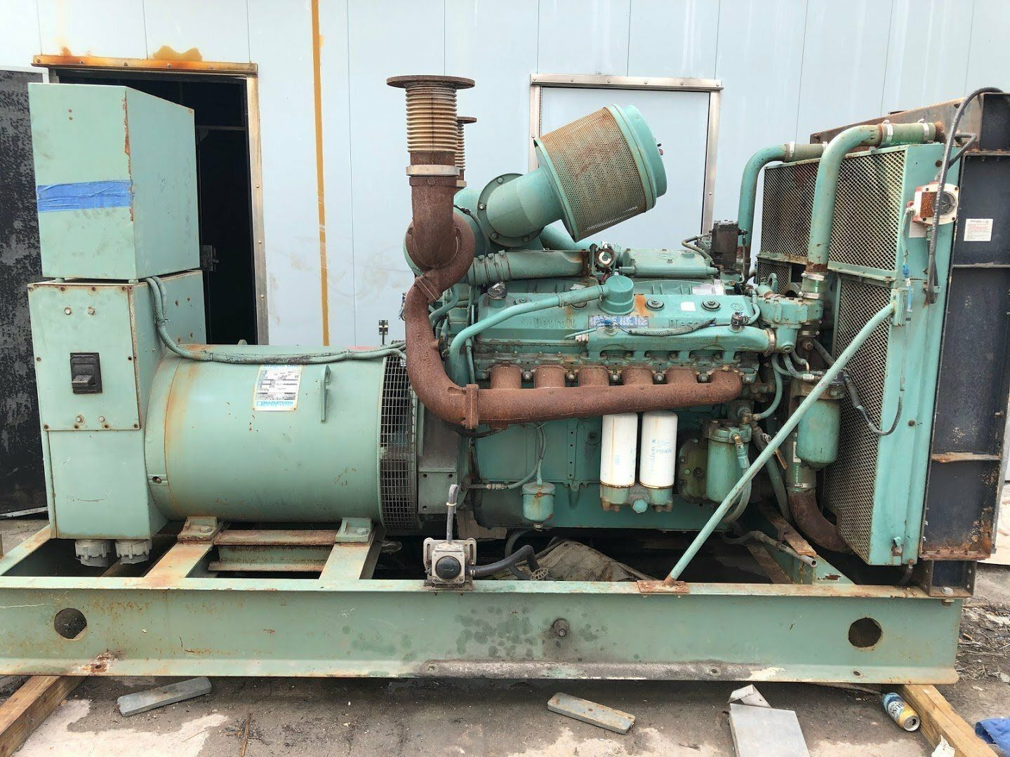 12v-71T USED INDUSTRIAL GENERATOR SET